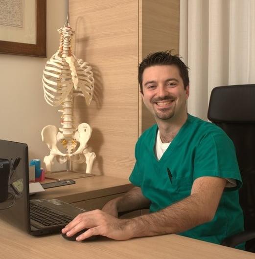 chi_sono_emiliano_zanier_osteopata_fisioterapista_strech