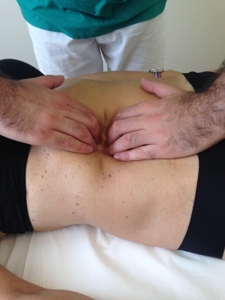 cicatrici aderenze osteopatia viscerale massaggio reflusso gastroesofageo cicatrici osteopatia dolore male collo schiena manipolazioni